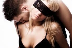 Душит— значит, любит? Жестокие секс-игры приводят кнасилию исмерти