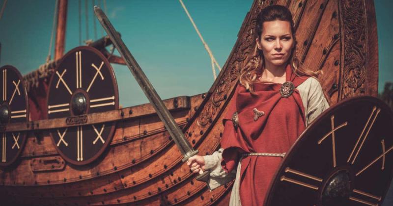 Строптивая невеста Сигрид Гордая, уничтожившая трех конунгов и убившая богатыря Добрыню фото