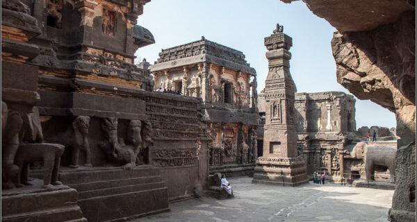 Уникальный храм Кайласанатха