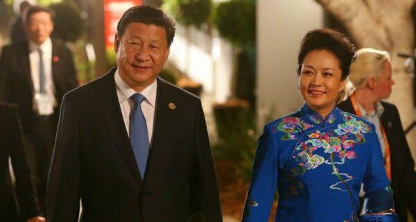Как китайский лидер Си Цзиньпин нашел свою любовь — «фею пионов» Пэн Лиюань