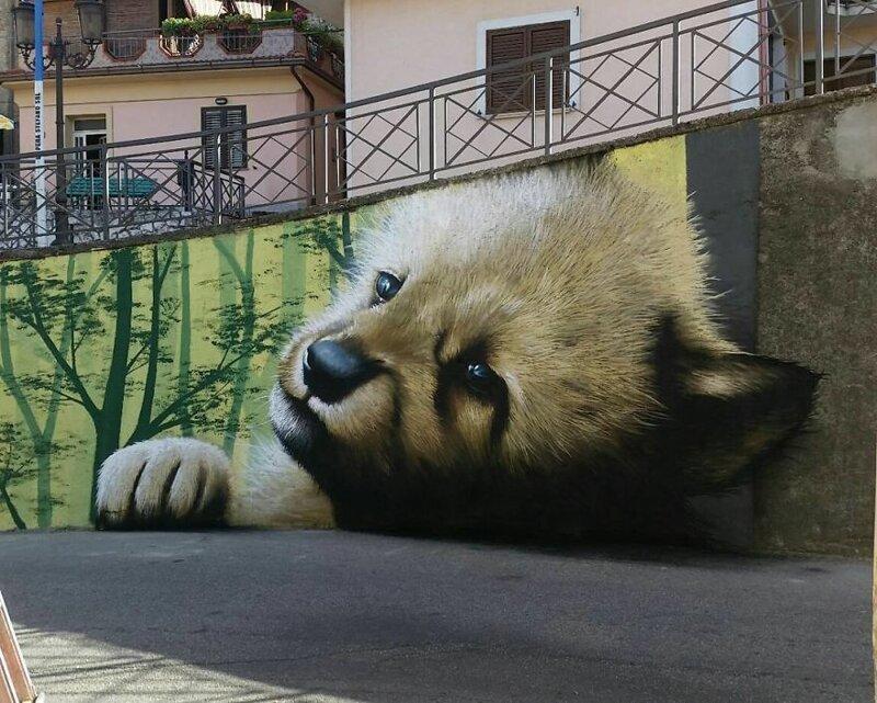 Интерактивный стрит-арт: художник вписывает 3D-картины в уличную среду