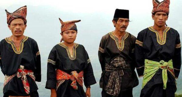 Нация подкаблучников: как живет народ минангкабау, называющий себя потомками Македонского