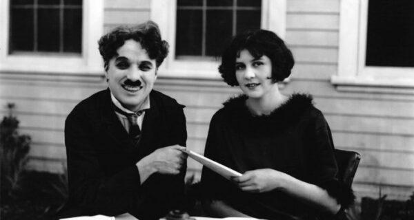 Четыре жены-подростка и 12 детей: чего еще мы не знали о Чарли Чаплине