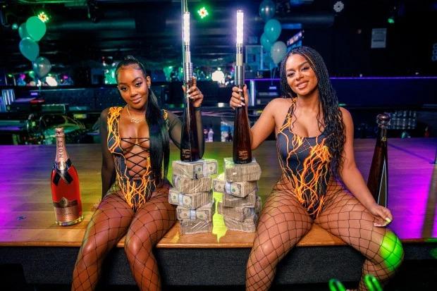 Откровенные для ночных клубов ночной клуб петербург