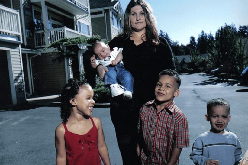 «Дети не твои, и ты — не ты», или Как нерожденная женщина стала матерью четырех детей фото