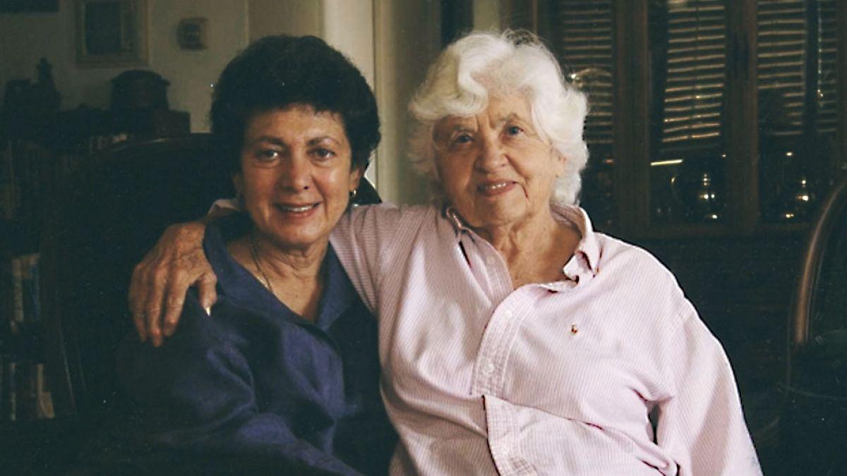 Замуж за свою маму: история необычной семьи из Калифорнии фото