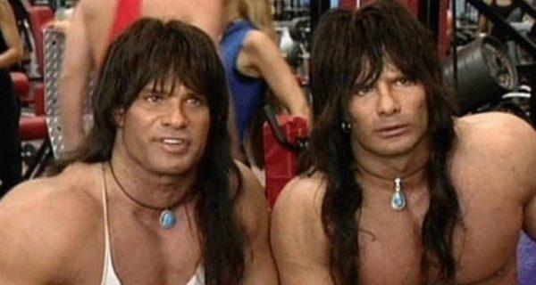 В США умер один из братьев-близнецов, сыгравших главные роли в комедии 90‑х «Няньки»
