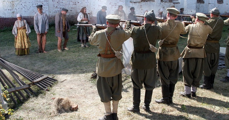 Почему тамбовские крестьяне посадили на кол большевичку Софью Гельберг фото