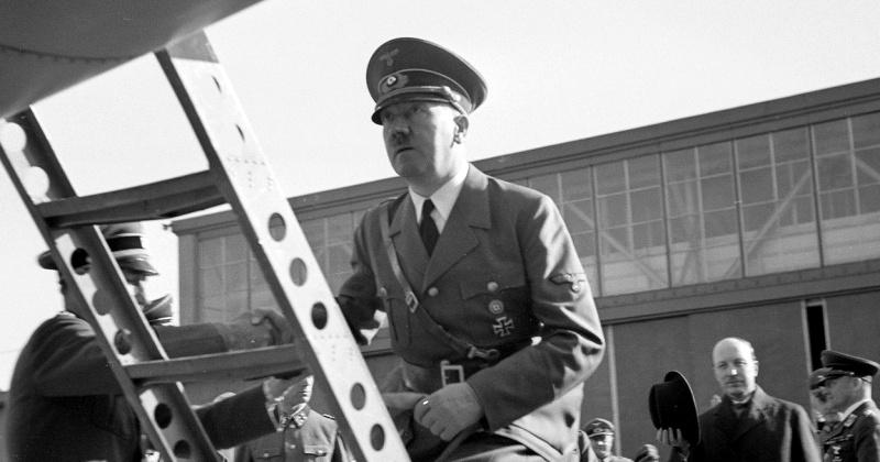 В каких оккупированных городах СССР побывал Гитлер за время войны фото