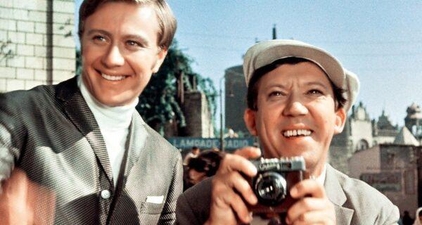 Тест: Узнайте знаменитые советские кинокомедии покадру!
