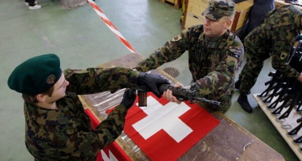 Швейцарские вооруженные силы: зачем стране армия, которая невоюет