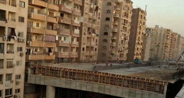 В Египте строят скоростную эстакаду в 50 см от жилыхдомов