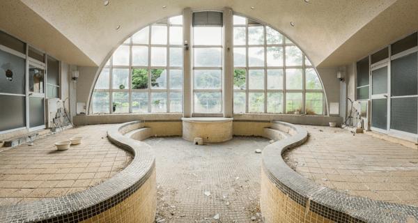 Как выглядит заброшенный японский спа-курорт