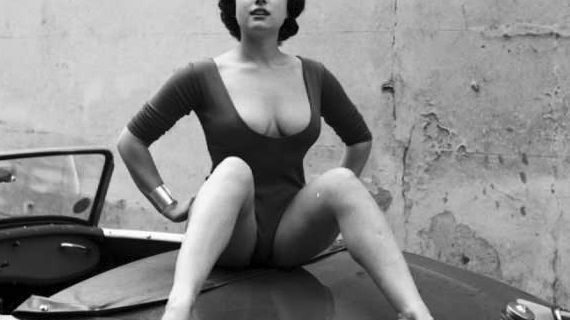 Джун Палмер — британская пинап-модель, отнявшая лавры секс-символа у американок