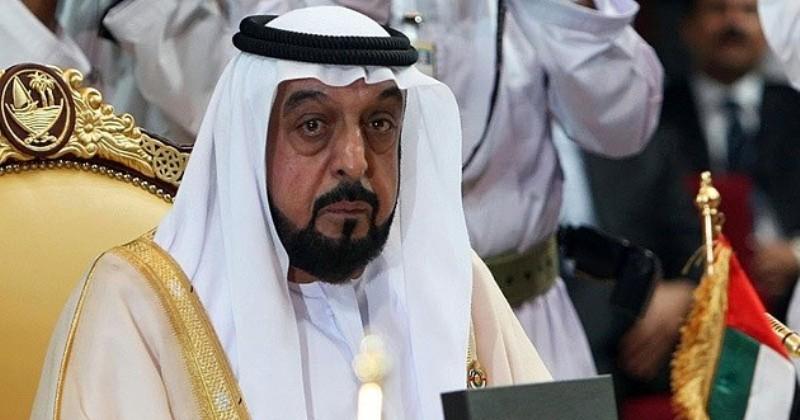 Как живет монарх ОАЭ, который может купить особняк, чтобы переночевать фото