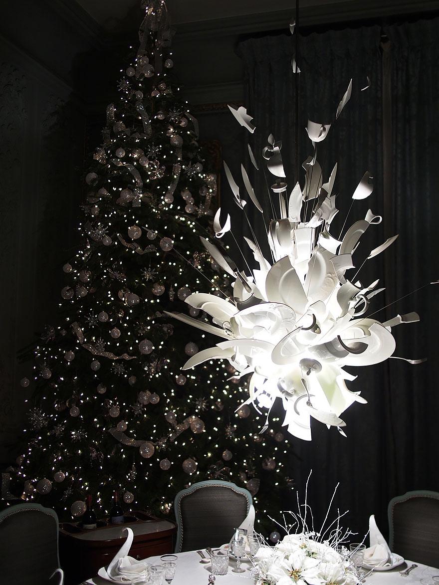 Bigpicture ru 15. broken plates chandelier in waddesdon manor