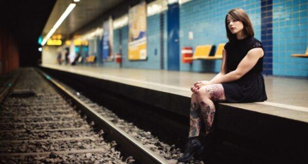 Почему в метро так специфически пахнет и в чем опасность источника этого запаха