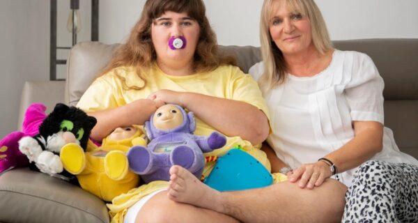Вот уже 19 лет мать ухаживает за своей 10-месячной дочерью