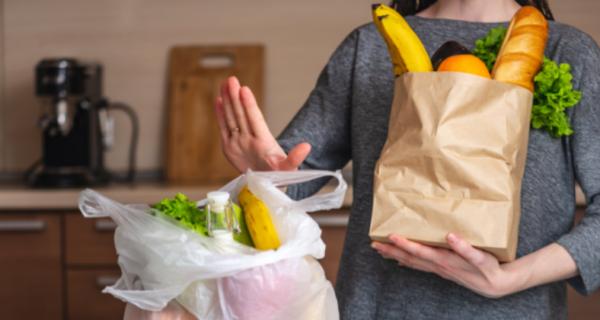 История пакета с пакетами: как драгоценная упаковка превратилась во врага человечества