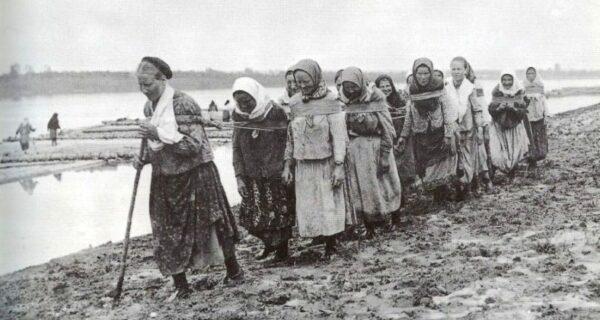 Бурлаки в СССР: Как появился бессовестный фейк сталинской эпохи