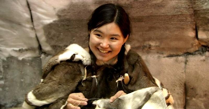 Секреты эскимосских женщин: тату на лицах, меховые стринги и секс с чужаками фото