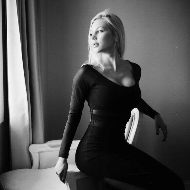 «Краса Росгвардии» Анна Храмцова была уволена из-за поста всоцсети