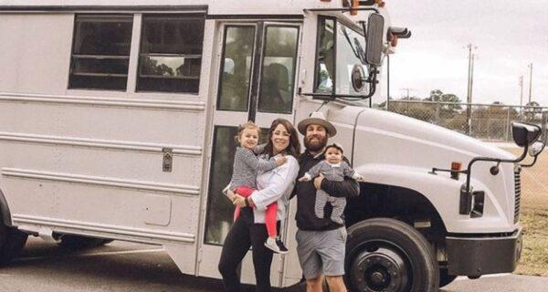 Комфорт в обмен на впечатления: супруги из Флориды продали все и отправились путешествовать на фургоне