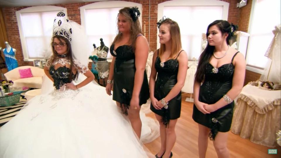 Как проходит цыганская свадьба в Штатах (Спойлер: все закончилось кровавой дракой)