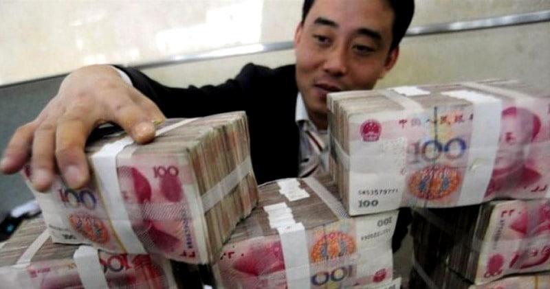 Китайский аферист встречался сразу с 20 женщинами. Трое из них жили в одномдоме
