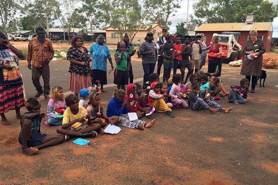 Без контроля: почему небольшой поселок в Австралии превратился в рассадник беспорядка