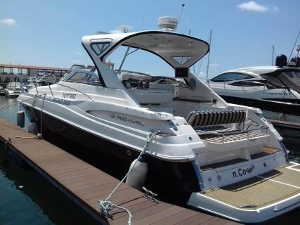 Аренда яхт в Сочи regal 3560
