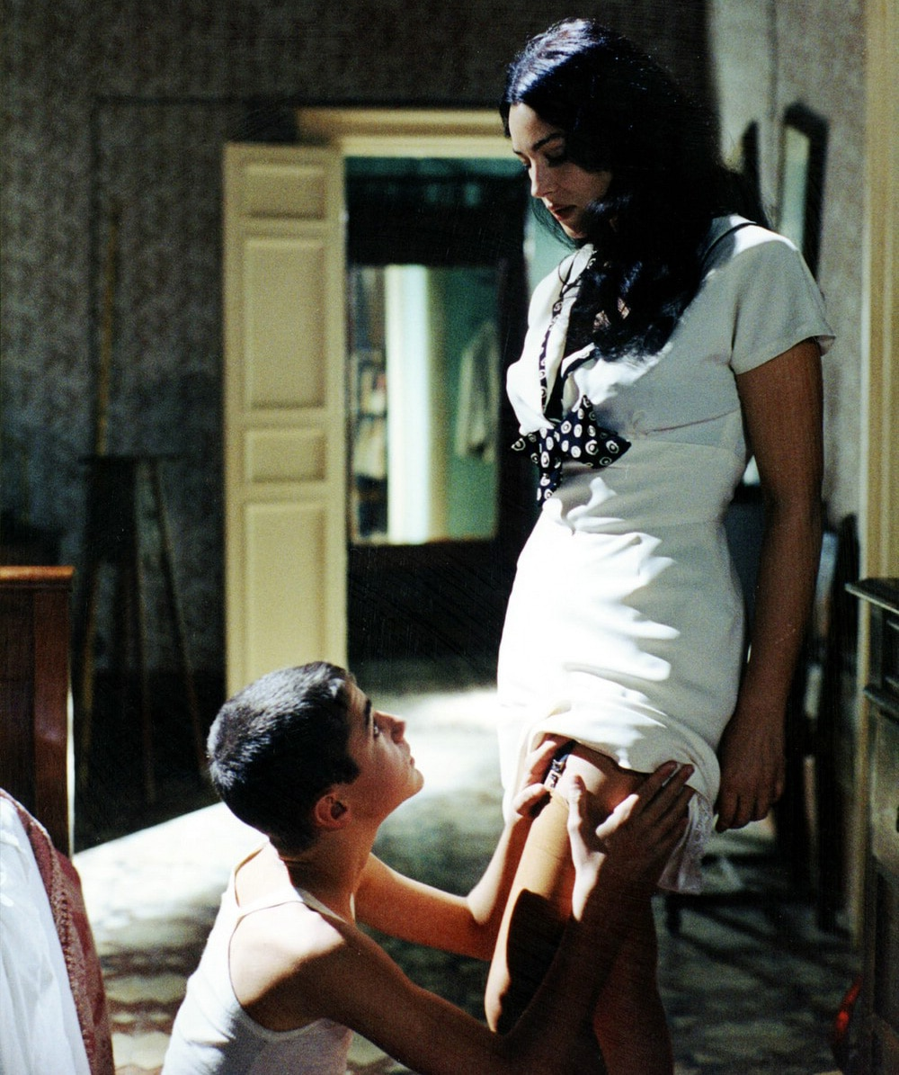 Bigpicture ru hot pics of monica bellucci from the movie malena 5