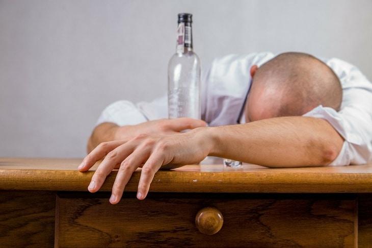 Bigpicture ru alcohol 428392 1920