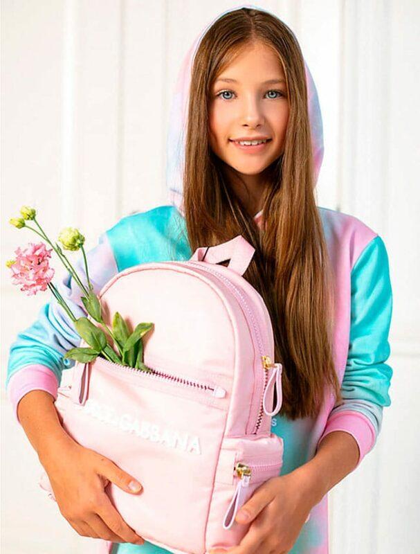 модный и удобный школьный рюкзак для девочки