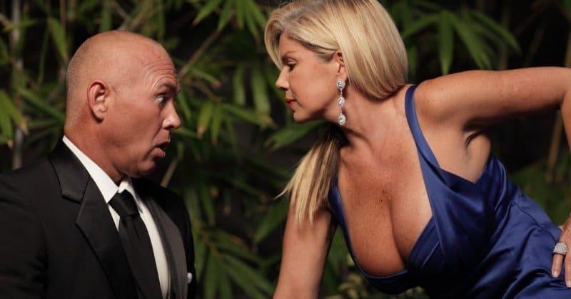 Зачем женщинам большая грудь? Объясняют ученые фото