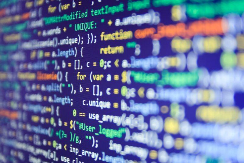 Особенности и преимущества языка программирования Python
