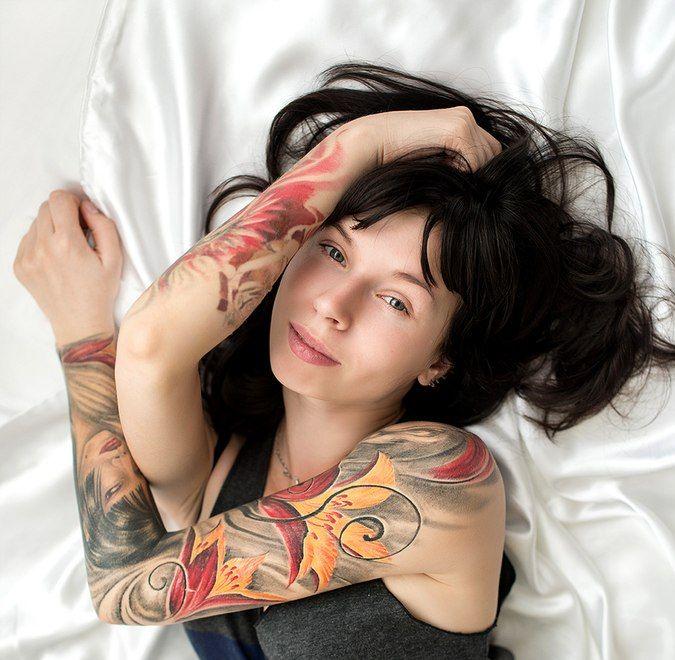 Проект Suicide Girls: как сделать бизнесом обнаженное тело с тату и пирсингом