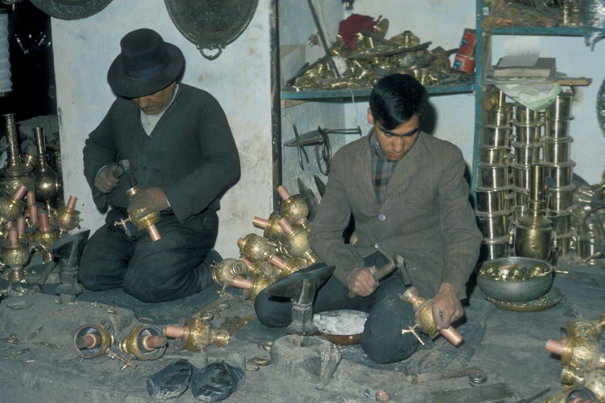 Bigpicture ru iran tehran brass workers 1967 1