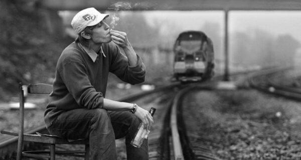 В США двое мужчин попали под поезд, поминая своего брата, погибшего ранее в том жеместе