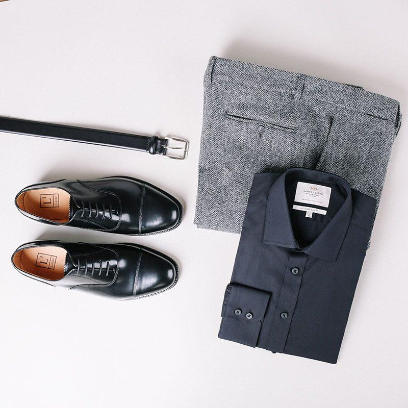 классическая одежда и обувь