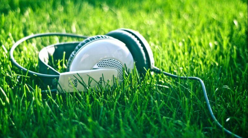 музыка 2021 новинки слушать бесплатно