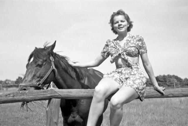 Bigpicture ru 1940s girls 6