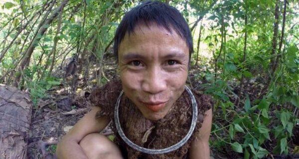 Вьетнамский «тарзан», проживший 40 лет в джунглях, умер после возвращения клюдям