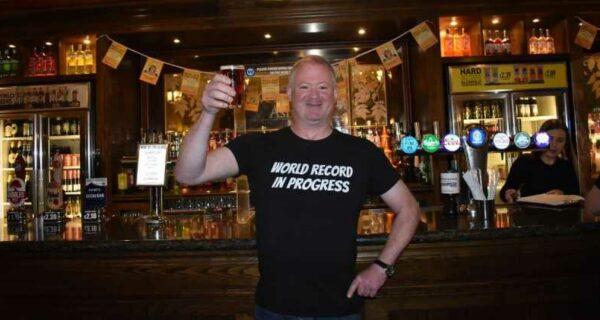Bigpicture ru 0 matt ellis toasting provisional guinness world recordjpeg