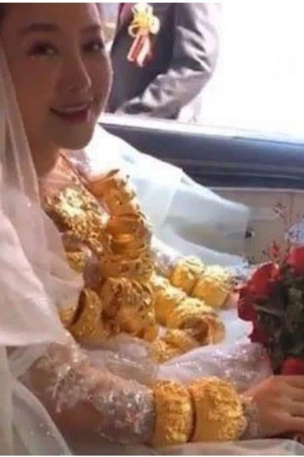 Bigpicture ru bride with gold 6166c302d43cc